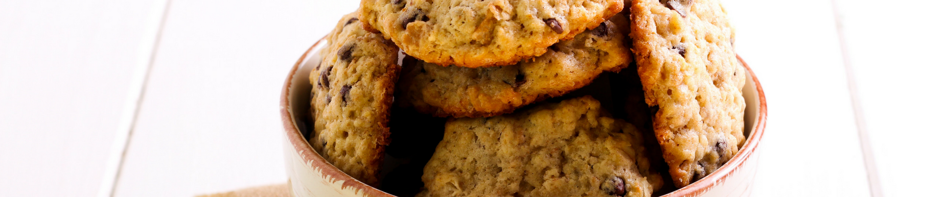Recipe of the Week: Healthy Chocolate Chip Oatmeal Cookies